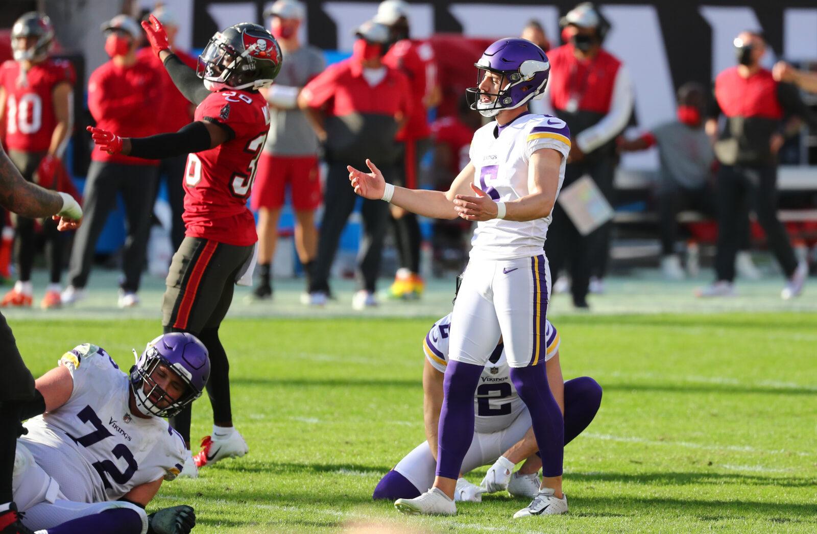 Dan Bailey Vikings Kicker Missing Kick